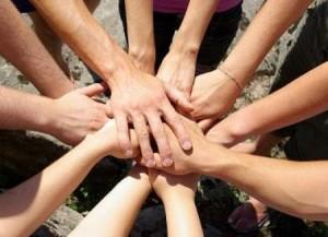 volontariato_-_sociale_-_mani_2[1]